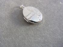 Ovaal medaillon zilver met bloem en tekst Precious Memories